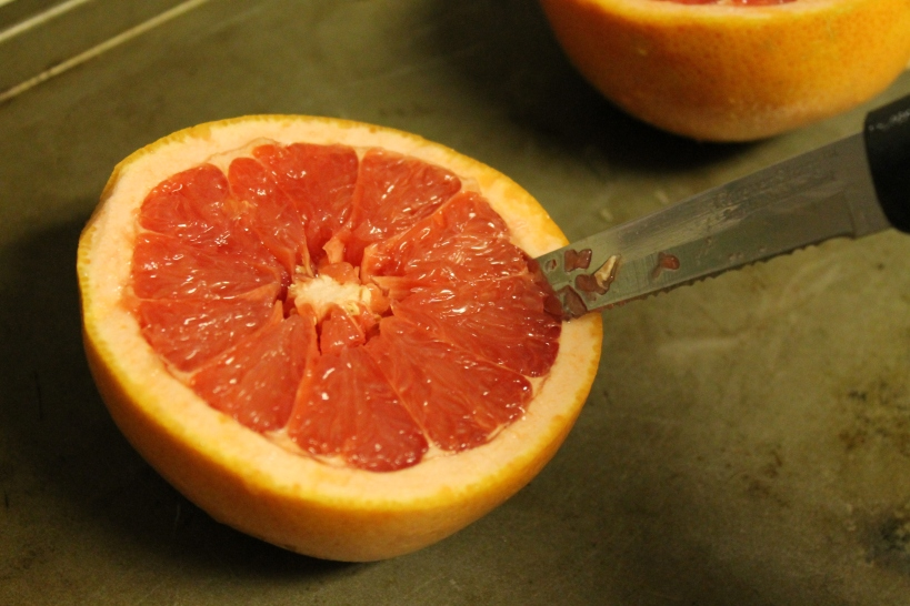 Grapefruit-slicing the edges